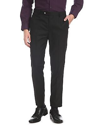 Arrow Newyork Black Tapered Fit Solid Trousers