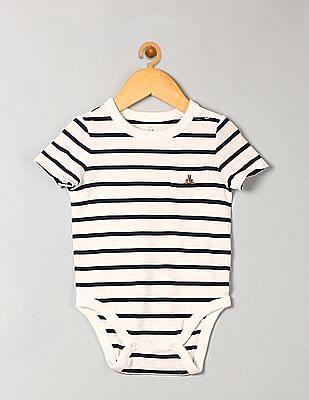 GAP Baby White Stripe Brannan Bear Pocket Bodysuit