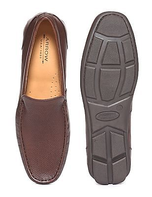Arrow Textured Leather Loafers