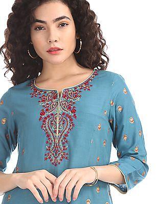 Anahi Blue Embroidered Front Panelled Kurta