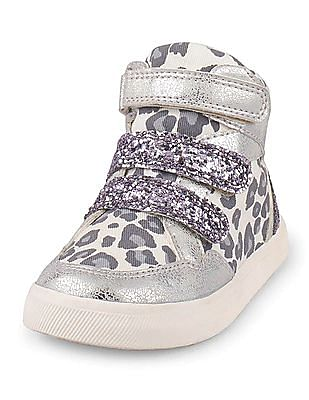 The Children's Place Baby Silver Leopard Print Sneakers