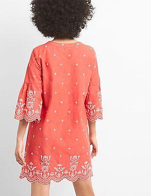 GAP Women Red Short Sleeve Eyelet Shift Dress