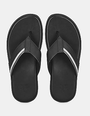 Arrow Men Black V-Strap Leather Sandals