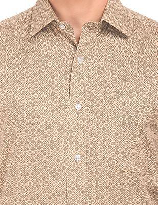 Arrow Printed Short Sleeve Shirt