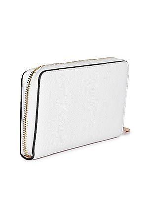 Stride Textured Zip Up Wallet