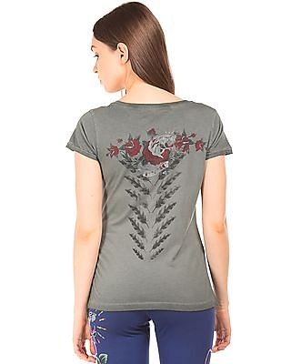EdHardy Women Graphic Print V-Neck T-Shirt