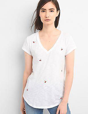 GAP Women White Novelty V-Neck T-Shirt