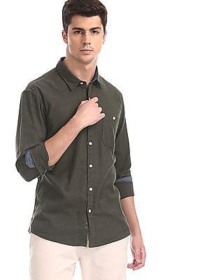 Cherokee Green Contemporary Regular Fit Solid Shirt